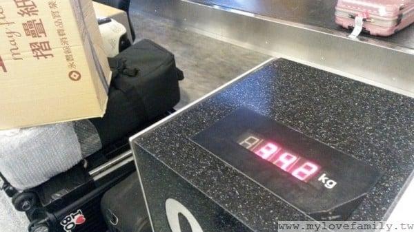 桃園機場 行李稱重
