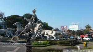 巴里島機場雕像