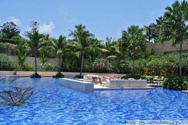 The Mulia酒店泳池