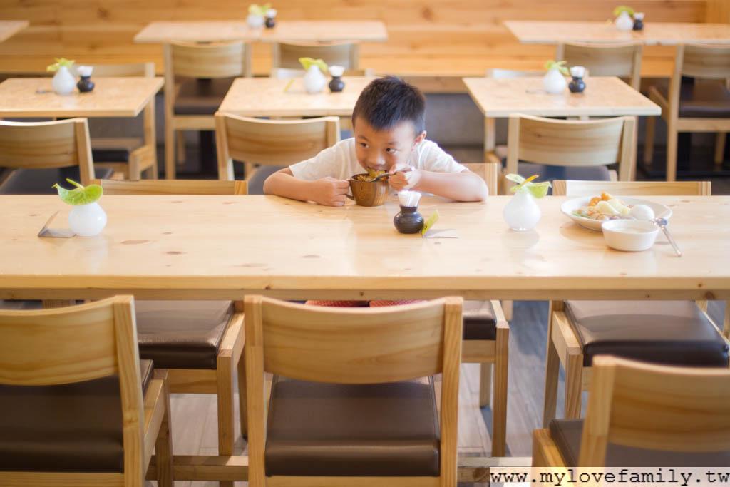 兒童吃美食