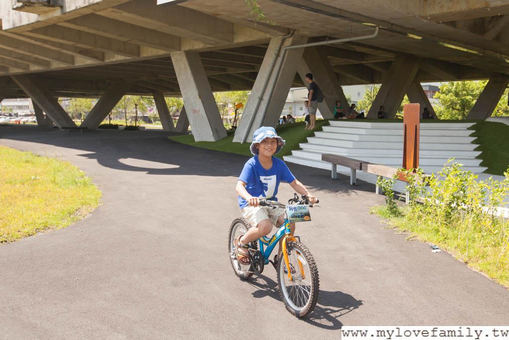 戶外腳踏車遊