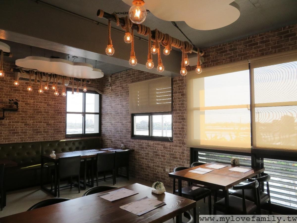 礁溪水鹿咖啡館