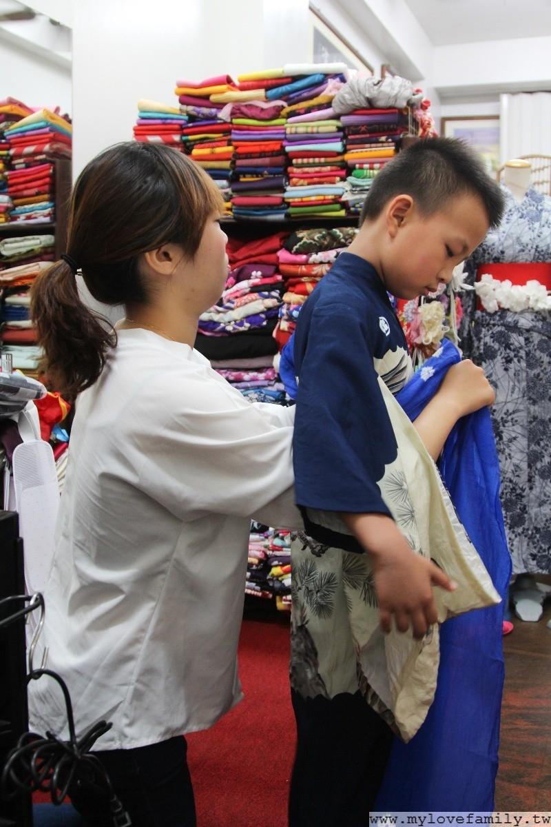 台南花和服
