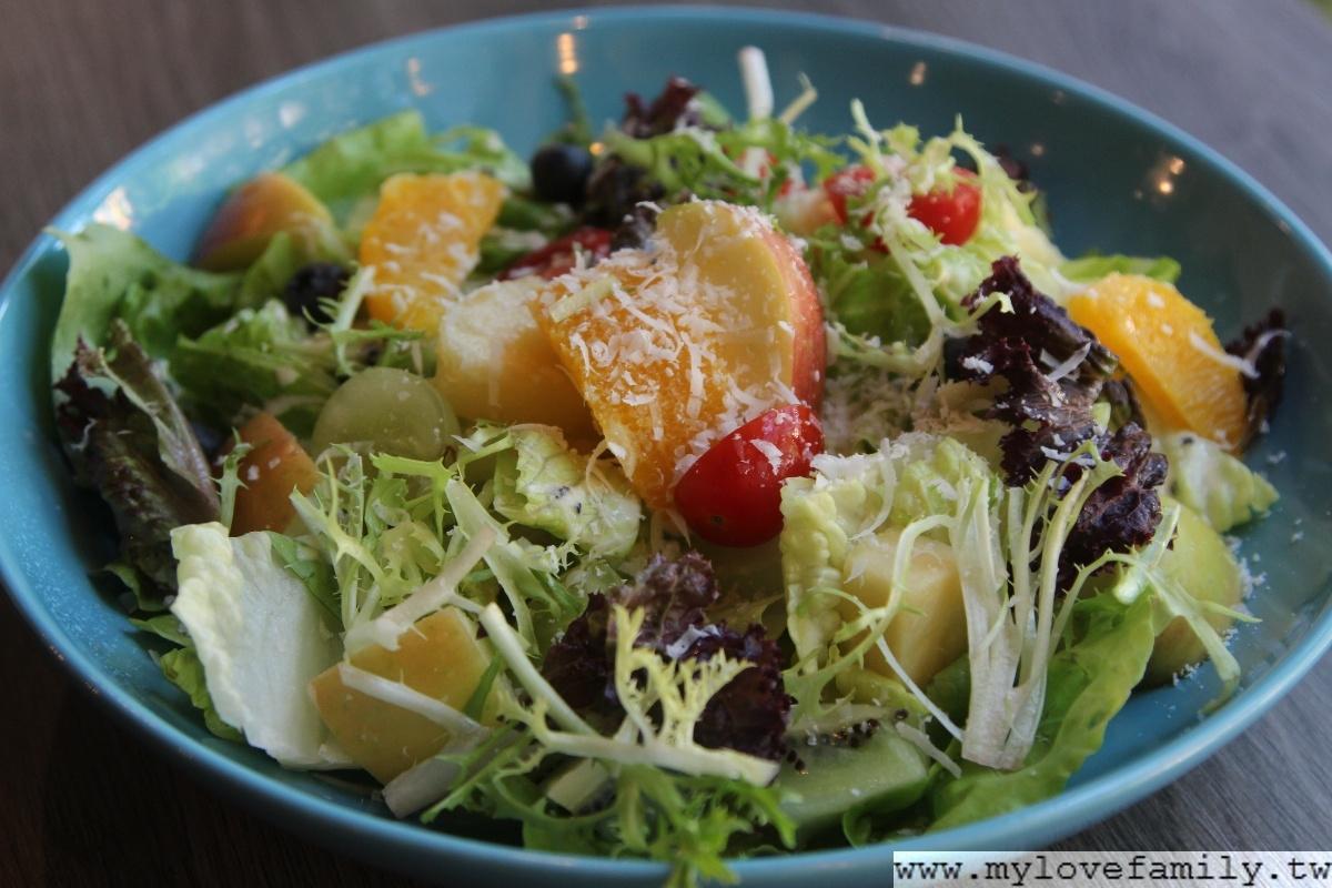 Choplachopla salad bar