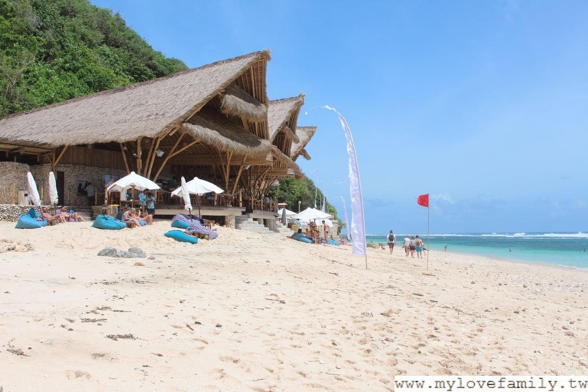 Sundys beach club