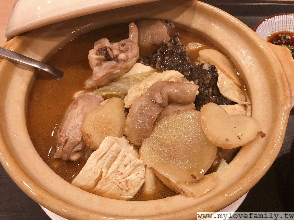 麻油雞肉鍋