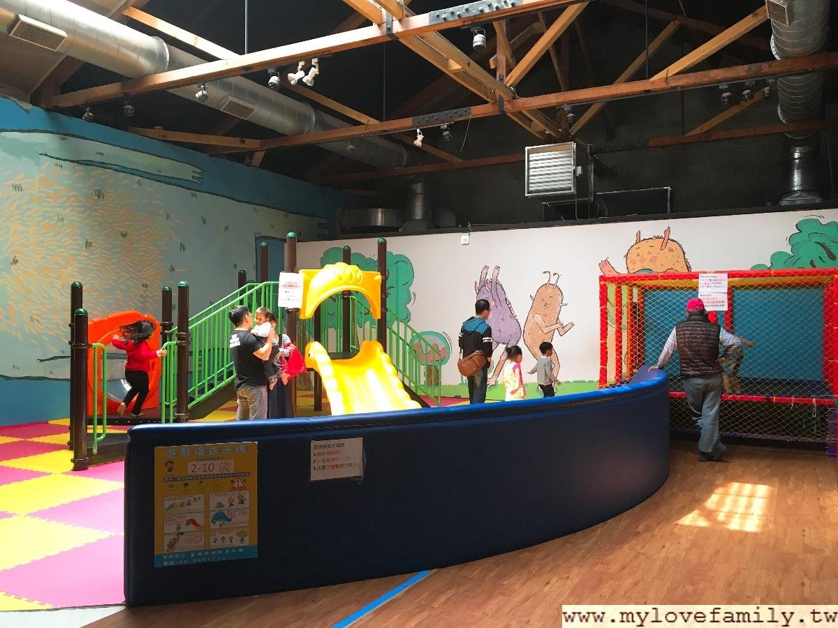 兒童遊戲館