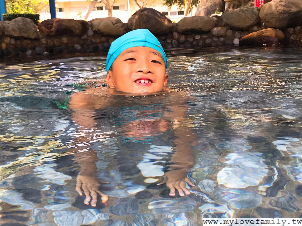 礁溪溫泉游泳池