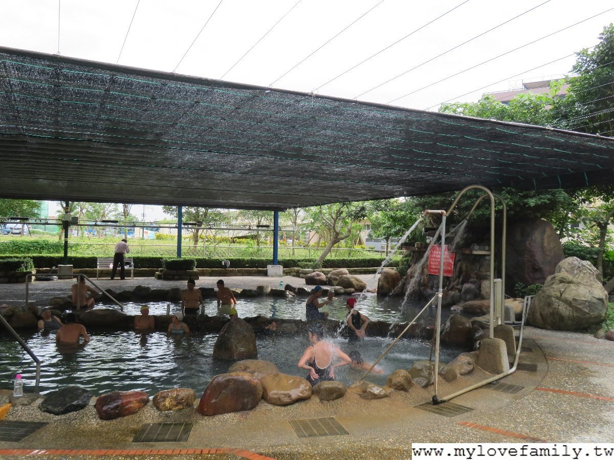 【礁溪鄉立溫泉游泳池】