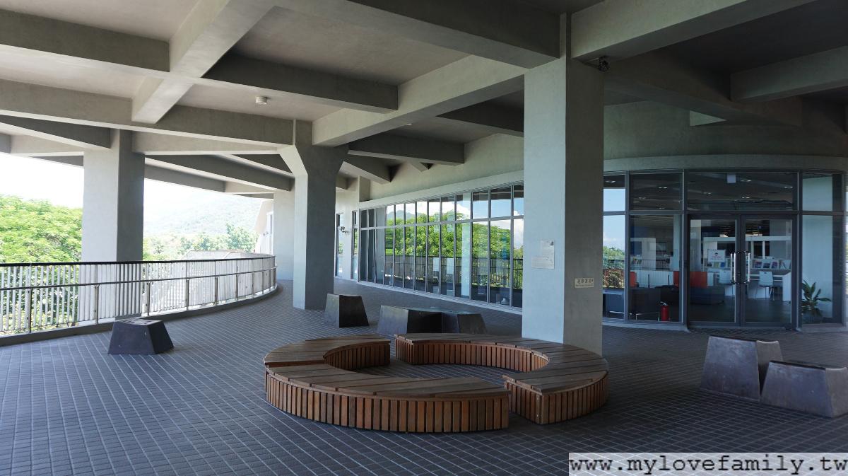 台東大學圖書資訊館