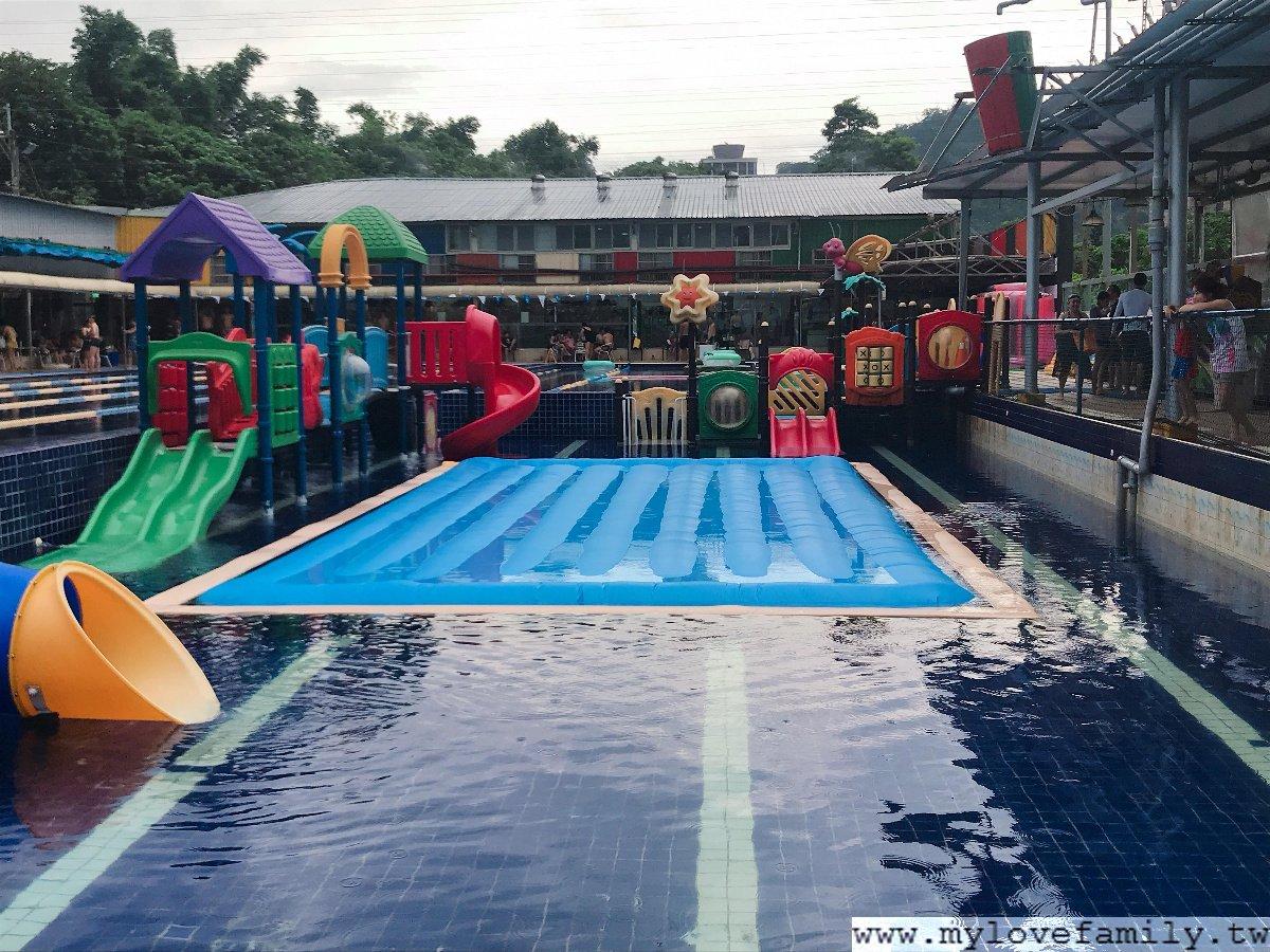 大新店游泳池