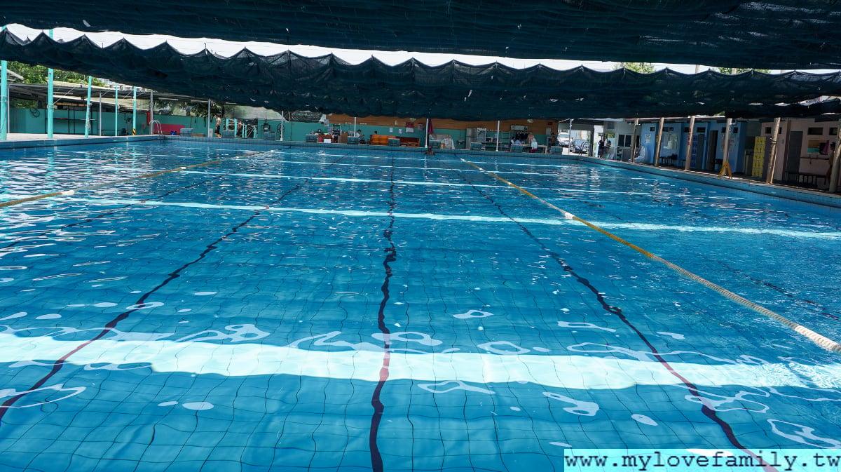 松樹門泳池