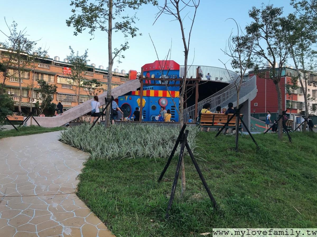 鳳鳴公兒二公園