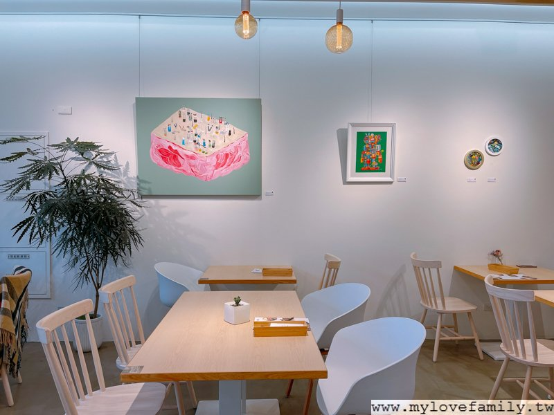 旅人咖啡館 •力行店